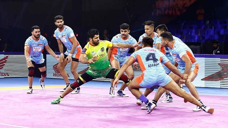 Pardeep Narwal in action in his penultimate match of Season 7