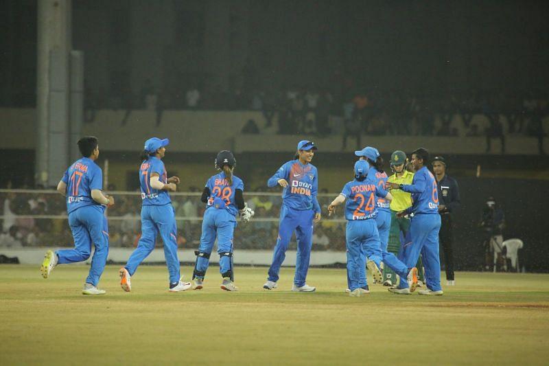 भारतीय टीम सीरीज में 2-0 से आगे है