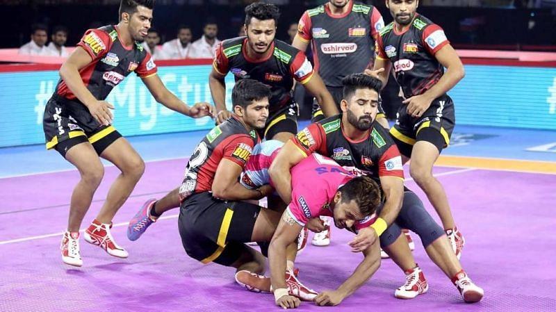Can Jaipur keep their playoffs hopes alive? (Image Courtesy: Pro Kabaddi)