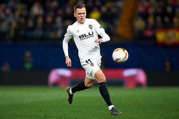 Villarreal v Valencia - UEFA Europa League Quarter Final: First Leg