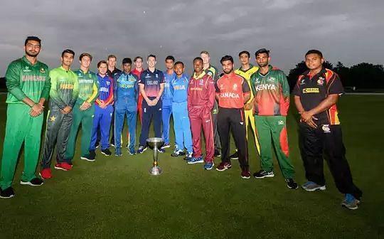 अंडर 19 टीमों के कप्तानों की एक पुरानी फोटो