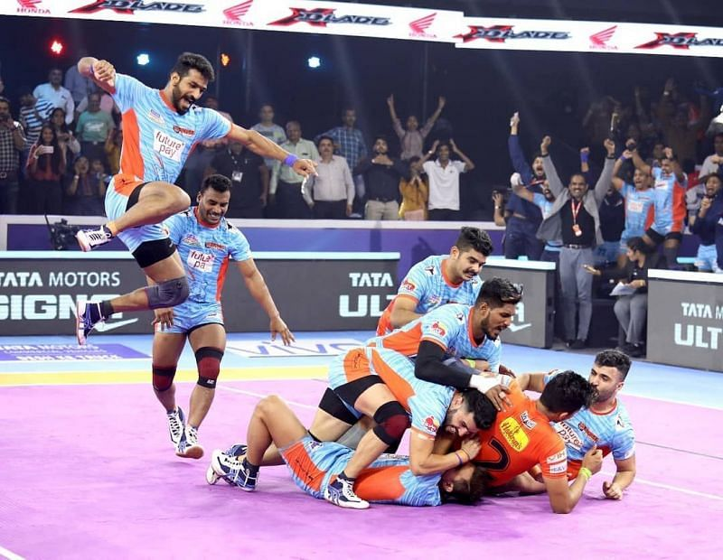 Bengal Warriors clinched a victory over U Mumba to qualify for the Final.