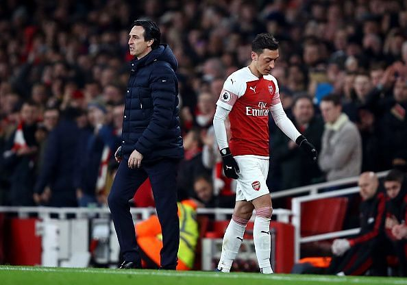 Where did it all go wrong for Unai Emery and Mesut Ozil?