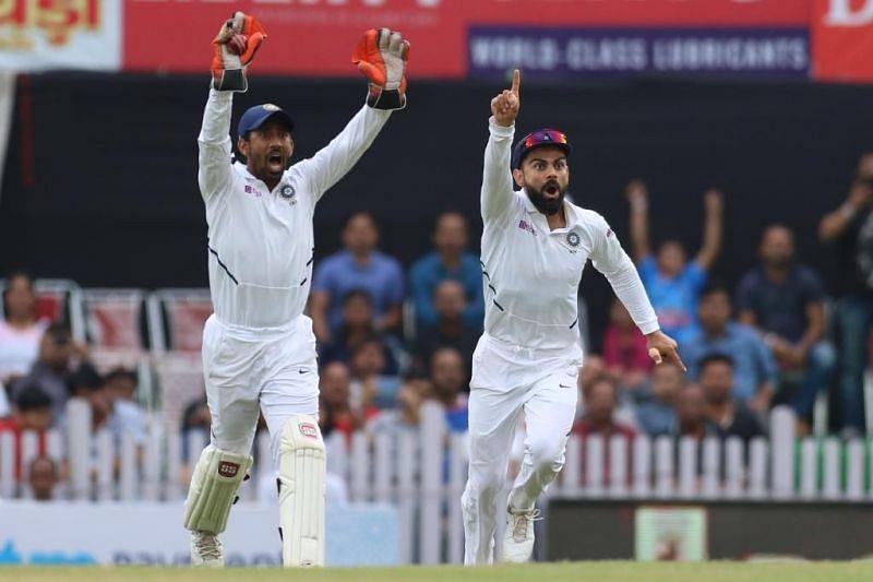भारतीय टीम ने दक्षिण अफ्रीका को शुरुआती झटके दे दिए हैं