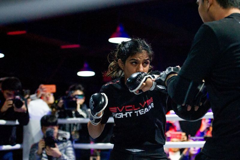 Ritu Phogat spars in the build-up to her debut MMA fight