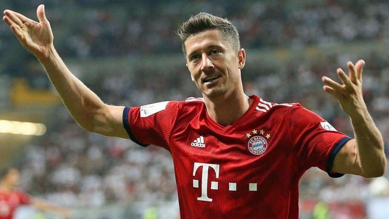 Would Robert Lewandowski continue his stunning scoring streak this weekend against Dusseldorf?