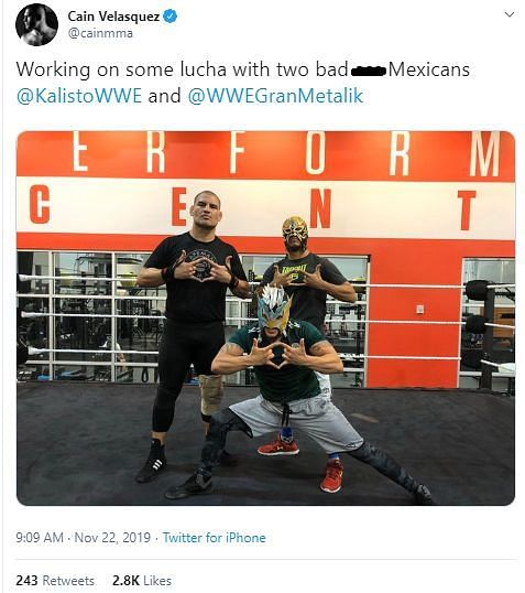 Velasquez trains at the WWE PC with Kalisto and Gran Metalik