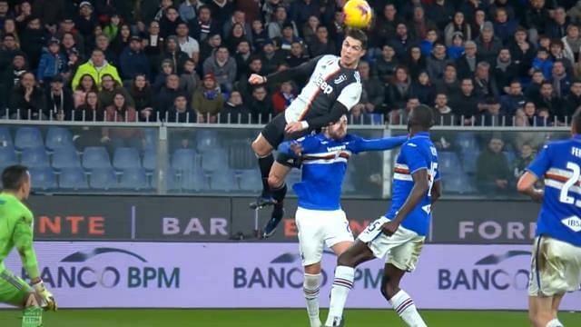 Superhuman jump and header from Cristiano Ronaldo