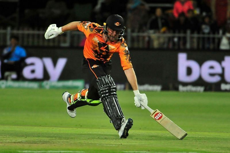 Ben Dunk was the star of the show scoring 99* to lead the chase for the Bay Giants