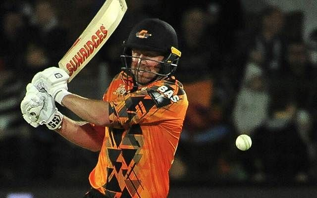 Ben Dunk scored his second fifty in a row for the Nelson Mandela Bay Giants