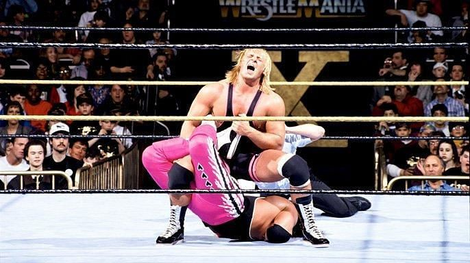 This clash opened arguably the greatest Wrestlemania of the 1990s and, perhaps, of all time.
