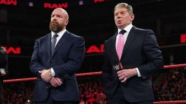 दिग्गजों ने दिया WWE को झटका