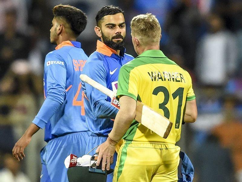 मैच के बाद विराट कोहली और डेविड वार्नर