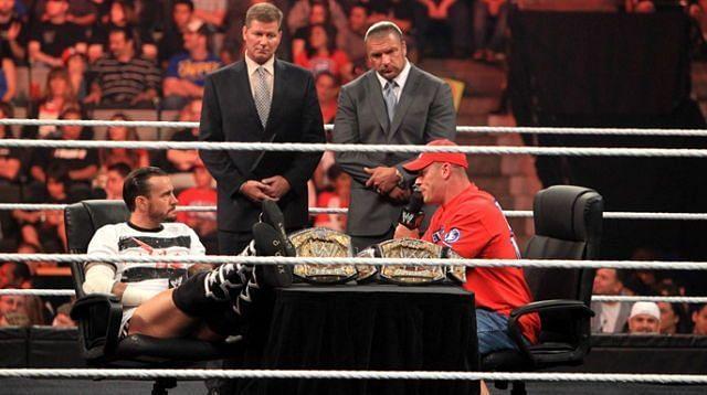 इस लिस्ट में WWE के कई बड़े सुपरस्टार्स के नाम शामिल हैं