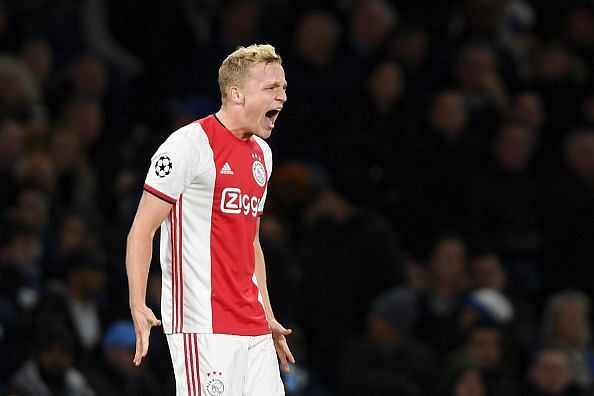 Update on Donny van de Beek's future amid Manchester United links, Xavi admits Barcelona dream and more: Football Transfer Roundup, 13th January 2020