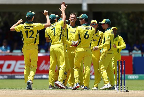 ऑस्ट्रेलिया ने इंग्लैंड को हराया
