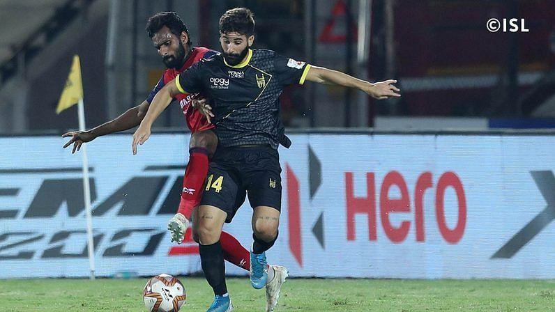 Nestor Godillo and CK Vineeth (Image: ISL)