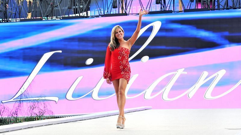 Page 3 - Lilian Garcia on Chasing Glory, Paige, and the ...