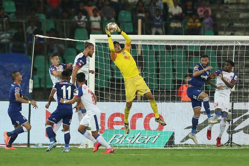 Gurpreet Singh Sandhu in action for Bengaluru FC against Chennaiyin FC