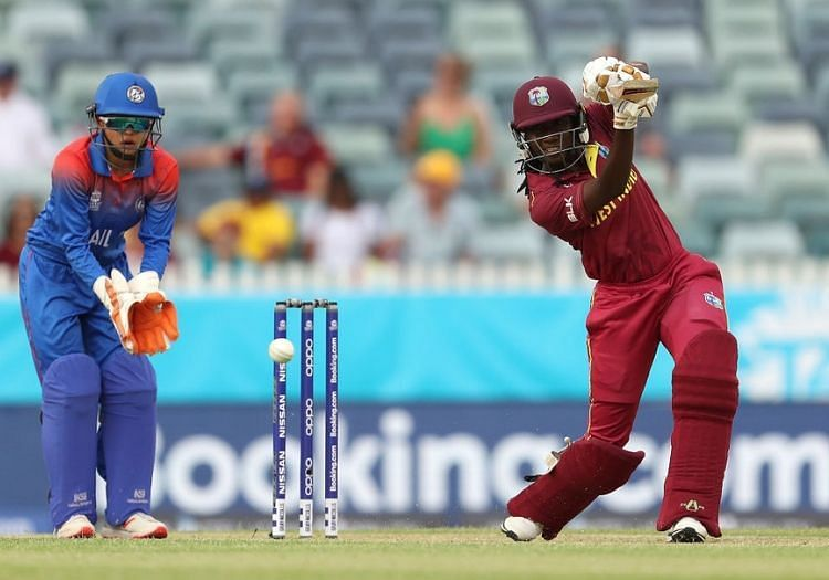 Stafanie Taylor scored 26* and picked up 3/13 as West Indies won by 7 wickets