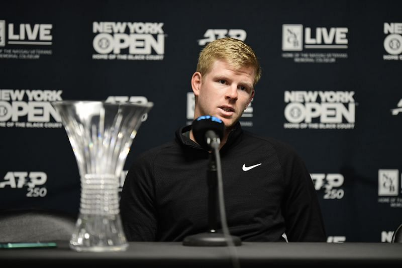 Kyle Edmund with his New York Open trophy