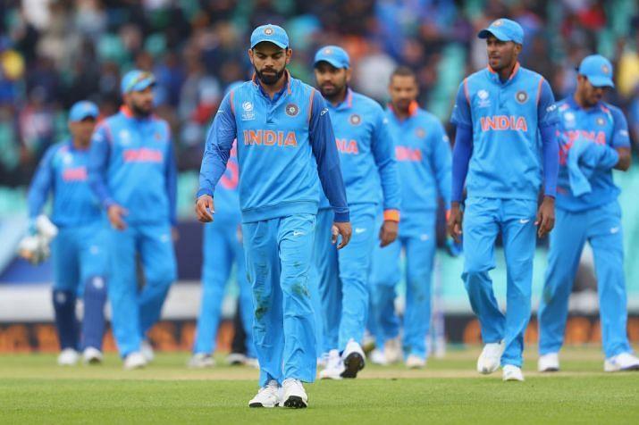 मुकाबला हारने के बाद भारतीय टीम