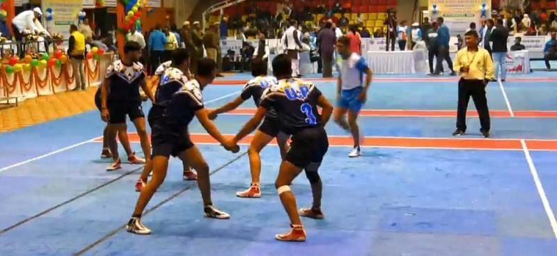 Uttar Pradesh squaring off against Goa in the second semi-final of the 46th Junior Nationals.