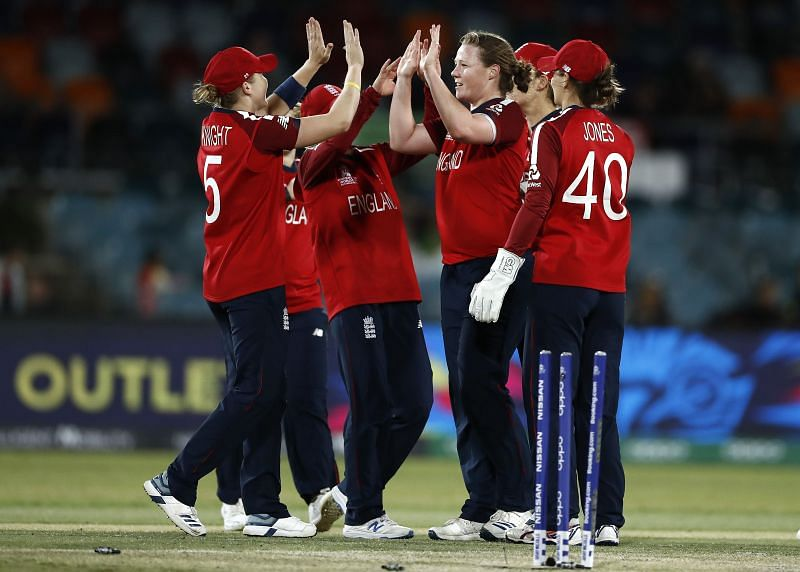 England beat Pakistan by 42 runs, thanks to a well-made 62 by skipper Heather Knight.
