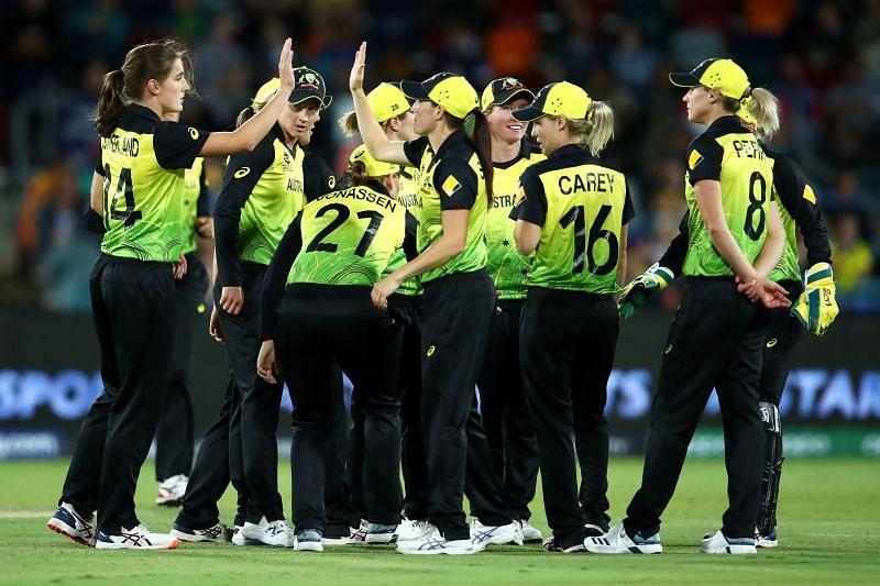 Australia beat Bangladesh by 86 runs