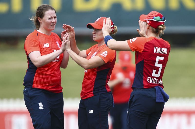 Anya Shrubsole ended up with figures of 3/31 and helped England restrict India to just 123-6 in 20 overs