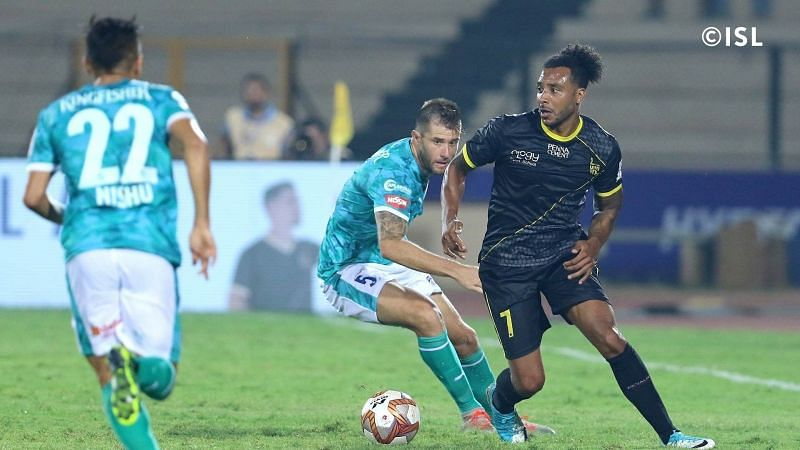 Giles Barnes turning out for Hyderabad FC (Photo: Indian Super League)