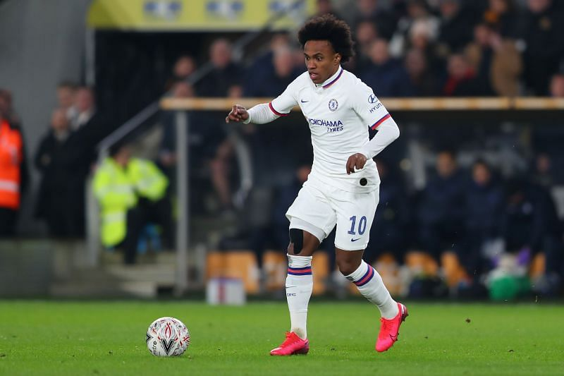 Willian has won 5 trophies at Chelsea, including the Premier League and Europa League.