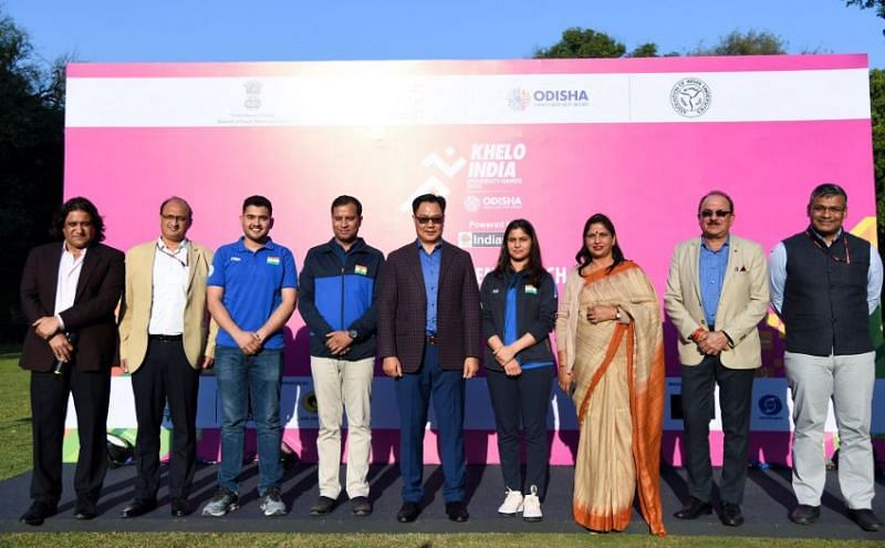 Kiren Rijiju (centre) and other dignitaries during the anthem launch of KIUG 2020