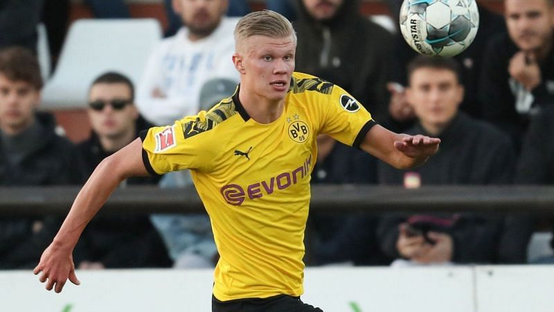 Erling Haaland in action for Borussia Dortmund.