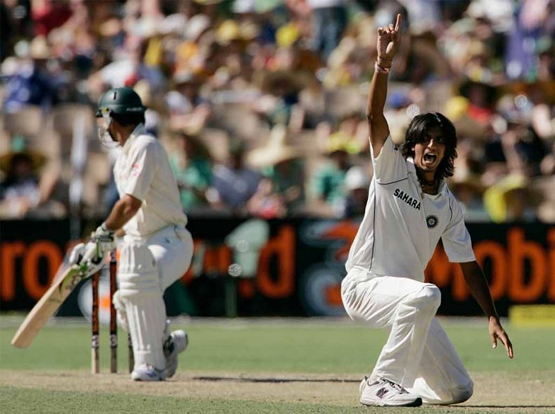 Ishant Sharma made Ponting struggle with his pace and swing