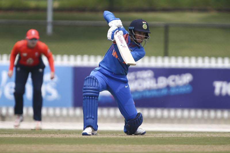 Smriti Mandhana helped India get off to a great start by scoring 45 quick runs