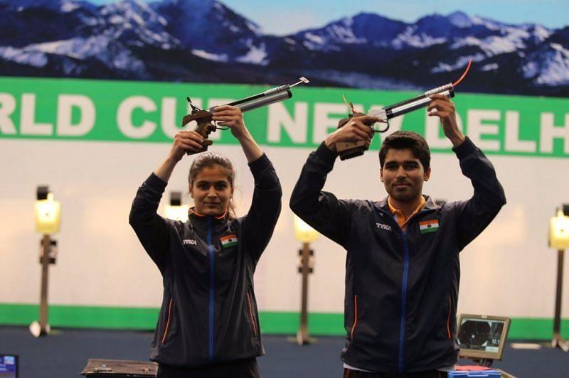 Manu Bhaker (L) and Saurabh Chaudhary (R)