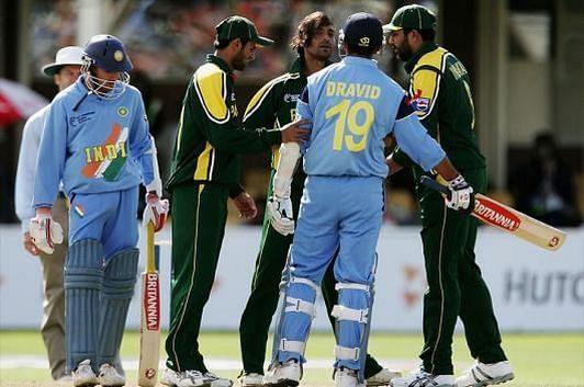 India vs Pakistan - A Match On Field - A Battle Outside