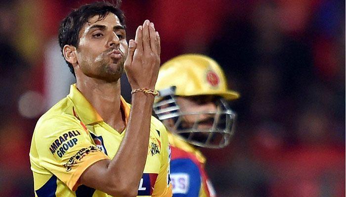 चेन्नई सुपर किंग्स के तेज गेंदबाज आशीष नेहरा