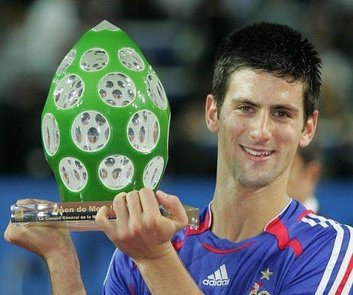 Djokovic lifts his second singles title at 2006 Metz.