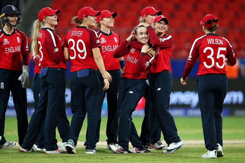 England became the third team to qualify for the semi-finals after India and South Africa.