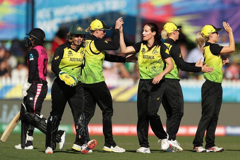 Australia beat New Zealand by just 4 runs to take the last semifinal spot.