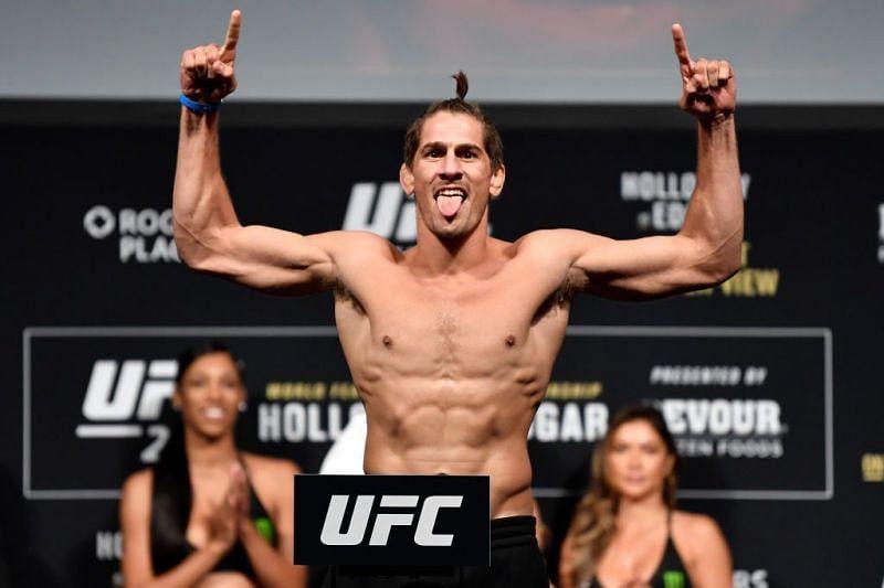 dentro conveniencia Rafflesia Arnoldi  Niko Price signs new UFC contract