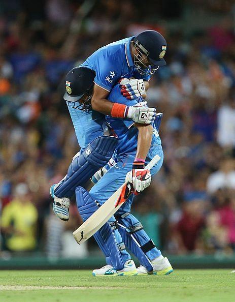 युवराज सिंह और सुरेश रैना ने आखिरी ओवर में बनाए 19 रन
