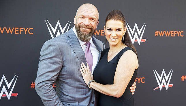 ट्रिपल एच और स्टेफनी मैकमैहन सालों से WWE में साथ नजर आ रहे हैं