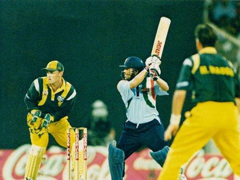 Sachin Tendulkar dominated the Australian bowling on his 25th birthday.
