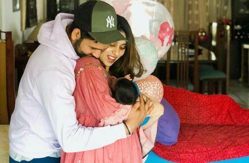 रोहित शर्मा अपने परिवार के साथ