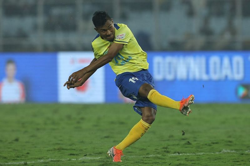 Halicharan Narzary in action for Kerala Blasters