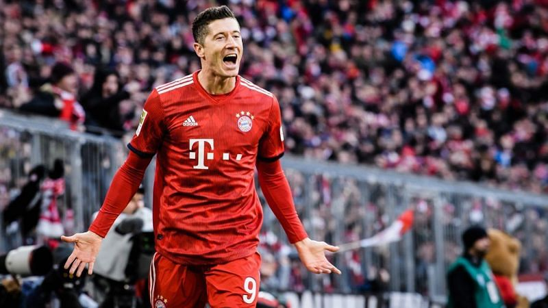 Robert Lewandowski is one of the top active strikers in world football.