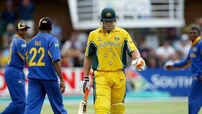 Adam Gilchrist decided to walk after feathering an edge during the 2003 World Cup.